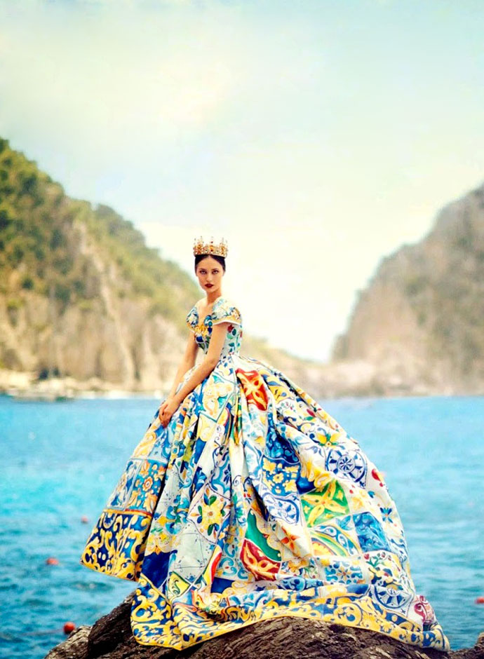 dolce-and-gabbana-alta-moda-fall-winter-2014-2015-collection-on-vogue-japan-october-issue-05
