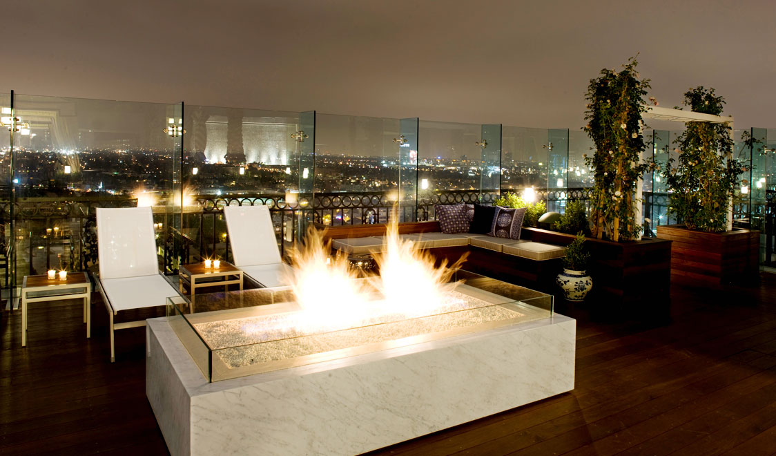 best-rooftop-bars-worldwide-from-new-york-to-rome-the-london-hollywood